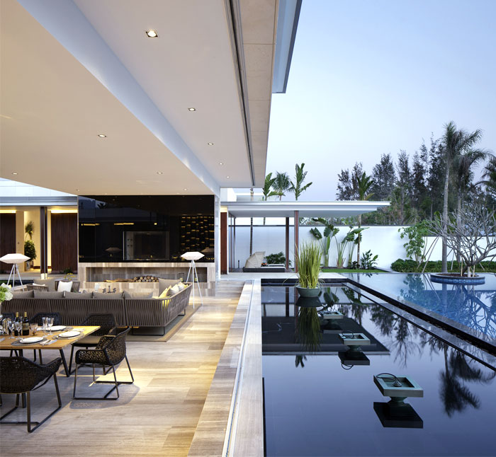 newly build villa modern luxury pool area