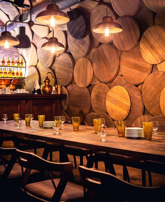 shustov-brandy-bar-decor