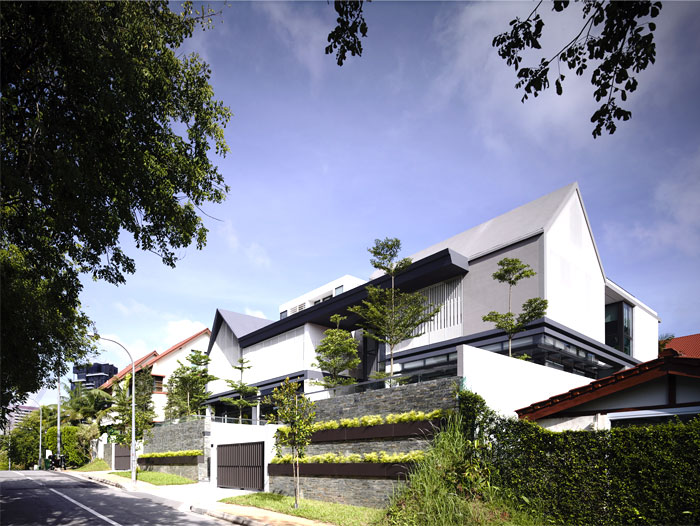 Semi Detached House In Singapore Interiorzine