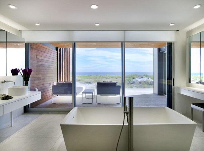 sea house strong individuality bathroom