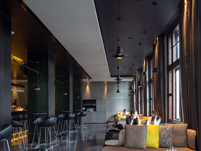 urban-environment-art-hotel-interior