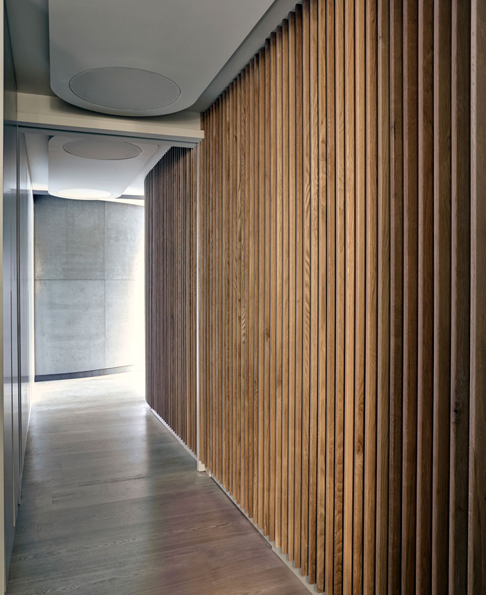 warmth-white-oak-fin-wall-floor-cladding