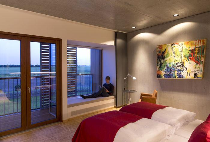 ecco-hotel-interior