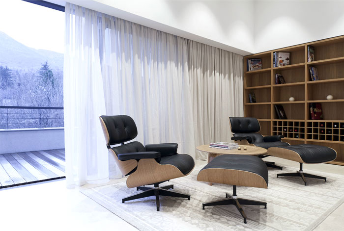 emblematic-eames-armchair-vitra