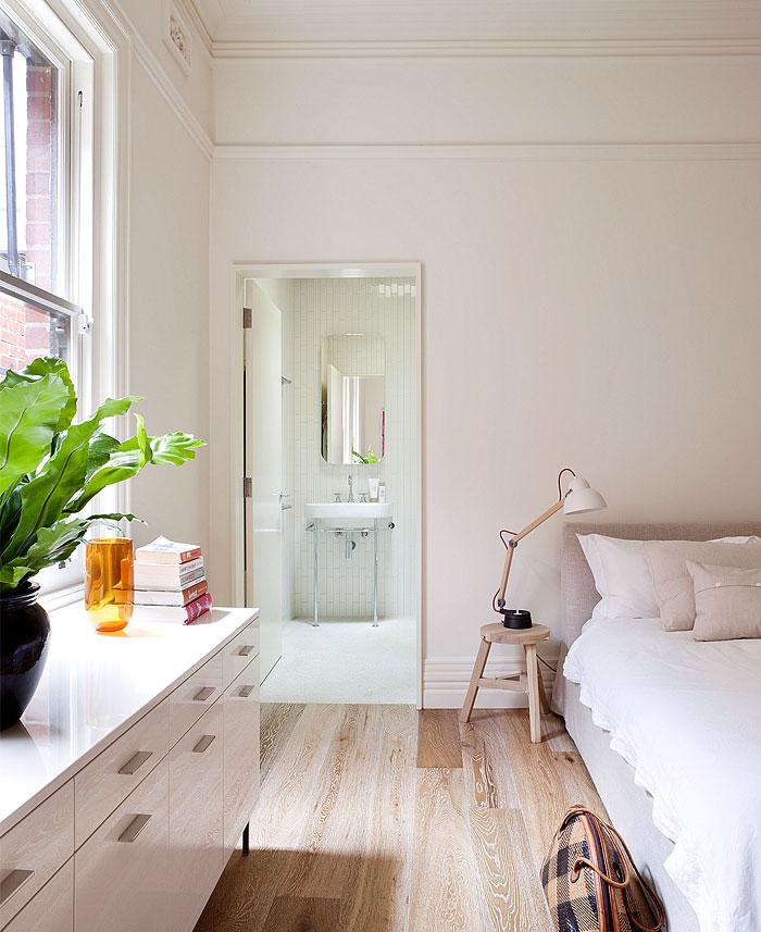 brick-house-bedroom