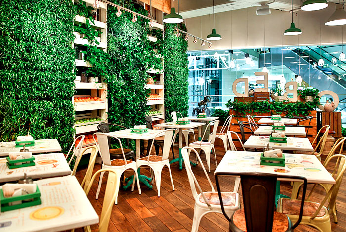 flagship-restaurant-obed-green-wall