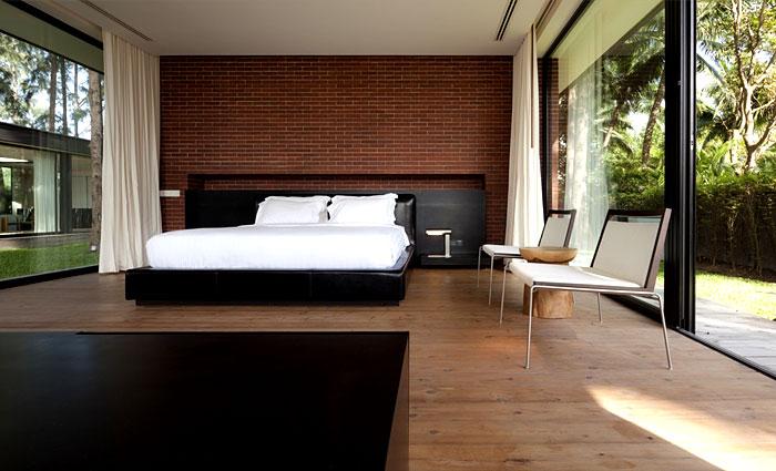 floor to ceiling bedroom design