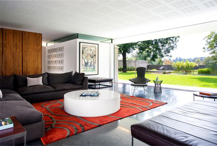living-room-granite-surfaces-artistic-carpets
