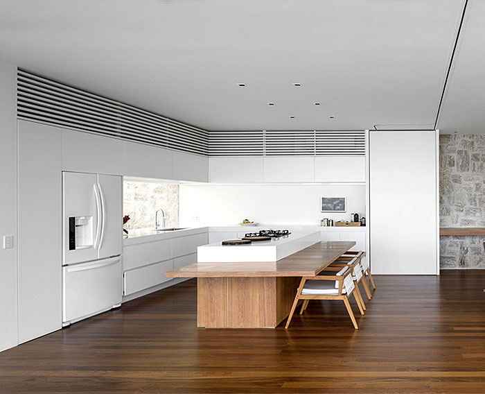 al-house-studio-arthur-casas-kitchen