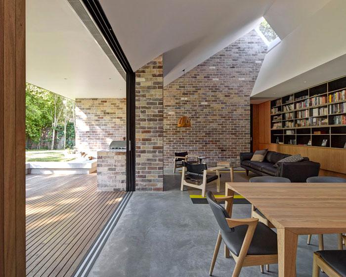 brick-internal-walls-living-area