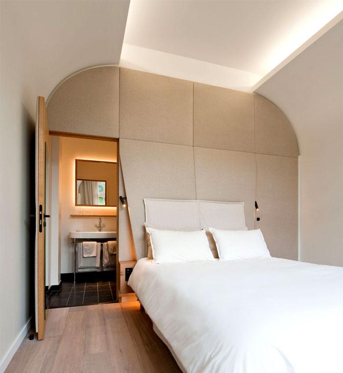 interior-decor-hotel-bedroom