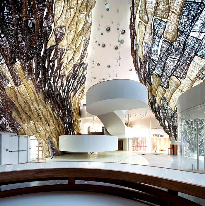 interior-view-spanish-pavilion
