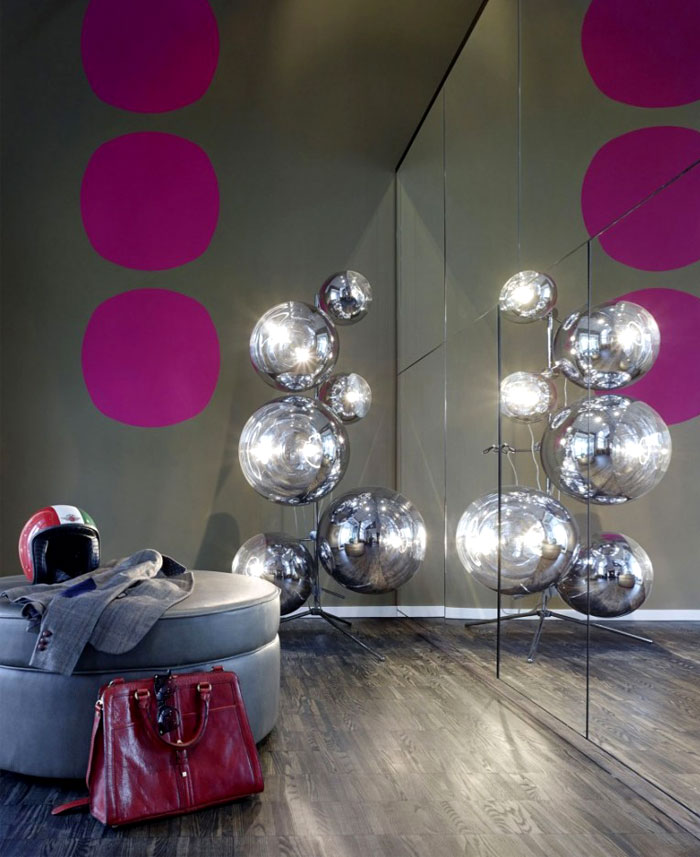 mirrored-wall-reflecting-tom-dixon-mirror-ball