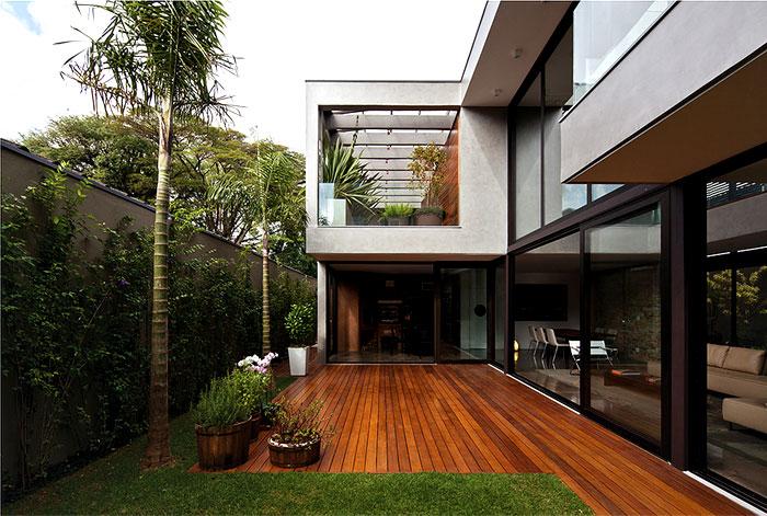 modern luxury house