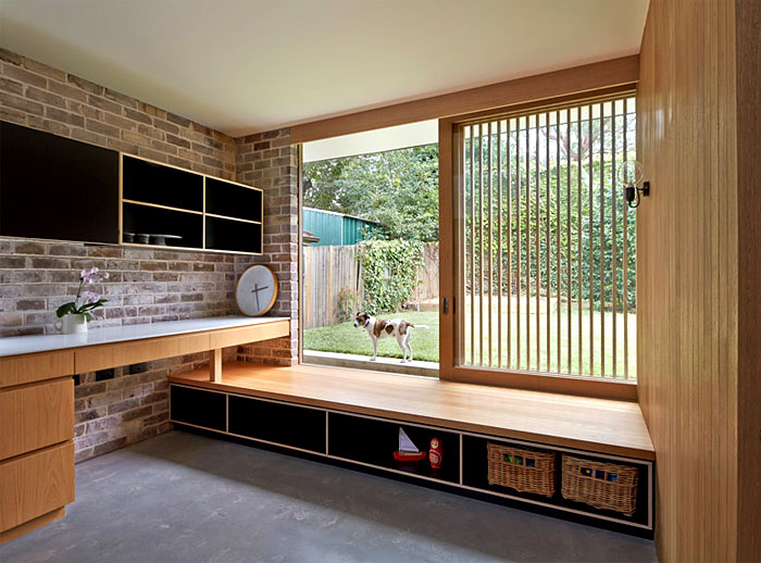 natural-materials- fitted-cabinetry