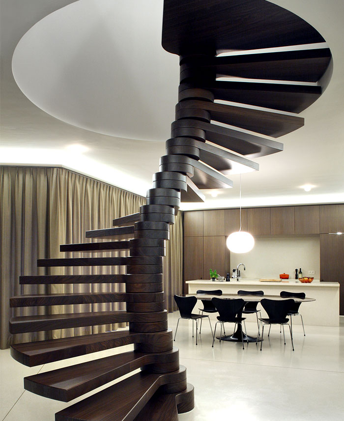 self-supporting-spiral-staircase