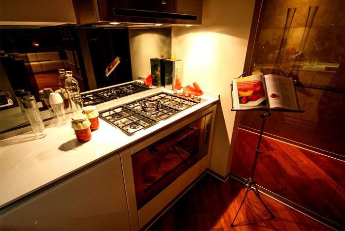 apartment-contemporary-living-space-4