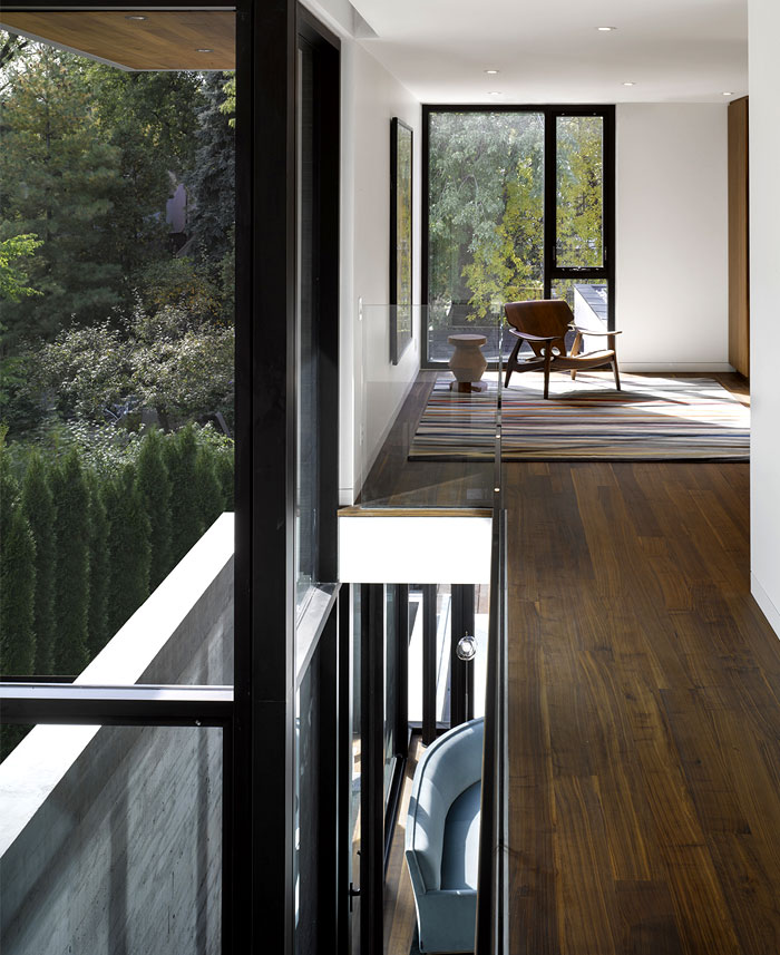 beautiful american black walnut cladding furnishing