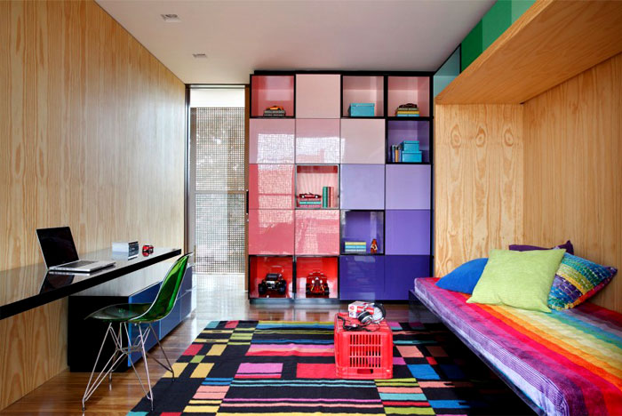 bright-color-bedroom