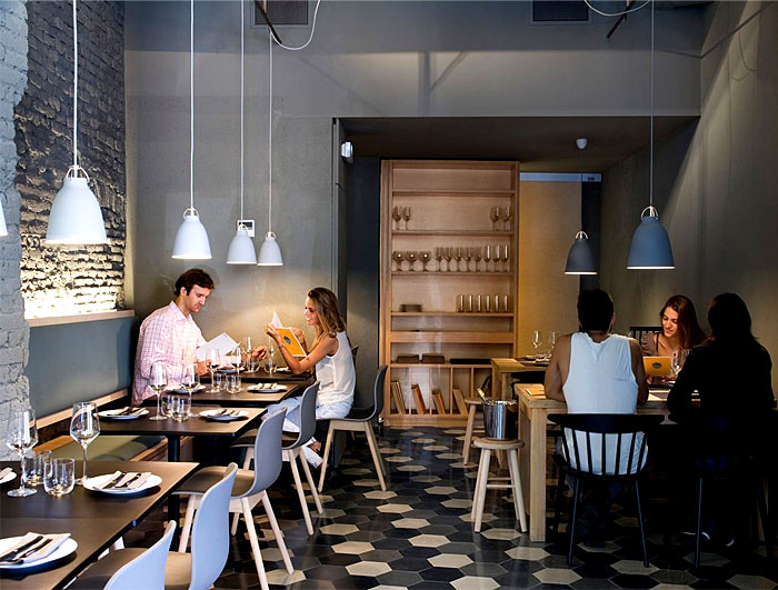 cozy-chic-barcelona-restaurant