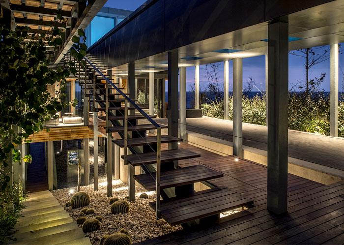 lebanon-villa-staircase