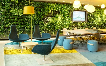 reception lobby green wall featured 338x212
