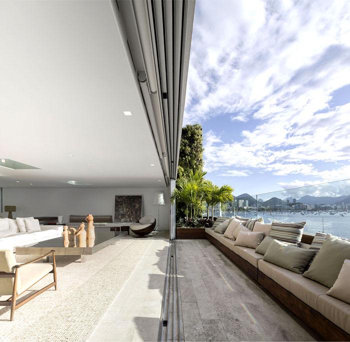 spectacular-windows-terraces