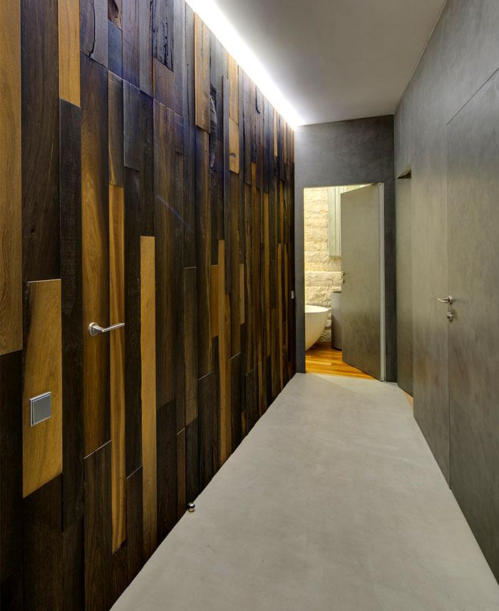 wooden-wall-corridor