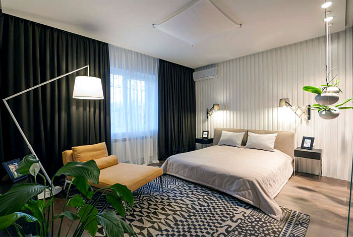 elegant-bedroom-design-wit-yellow-lounge