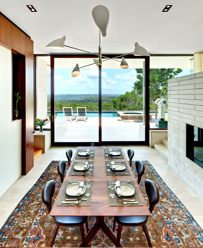 lakeview-residence-dining-area-decor