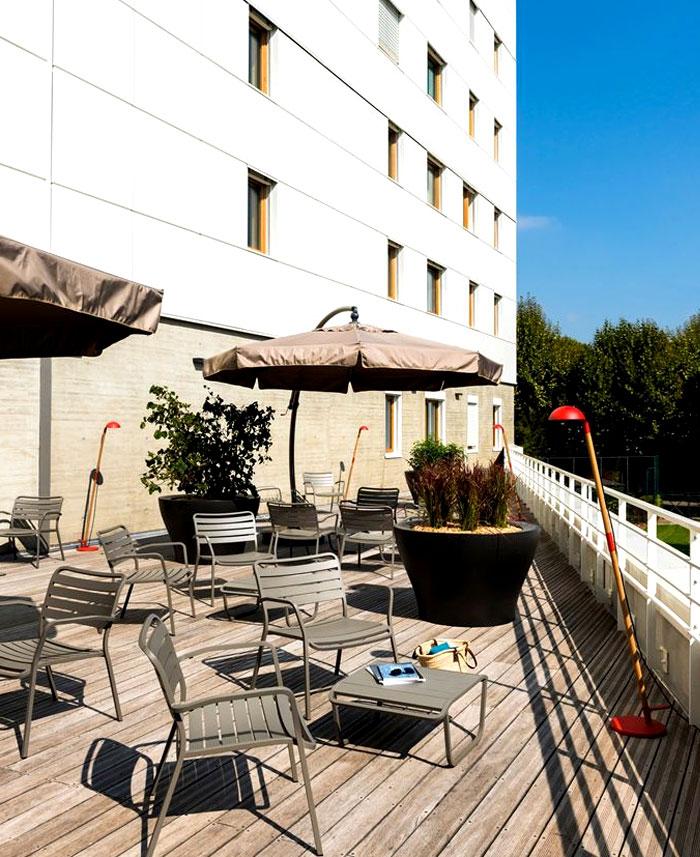 okko-hotel-terrace