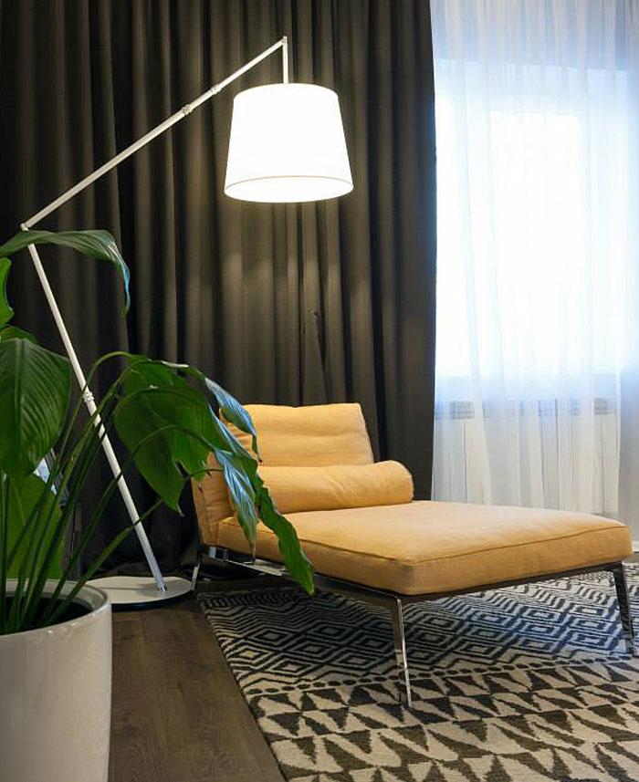 relaxing-corner-yellow-lounge