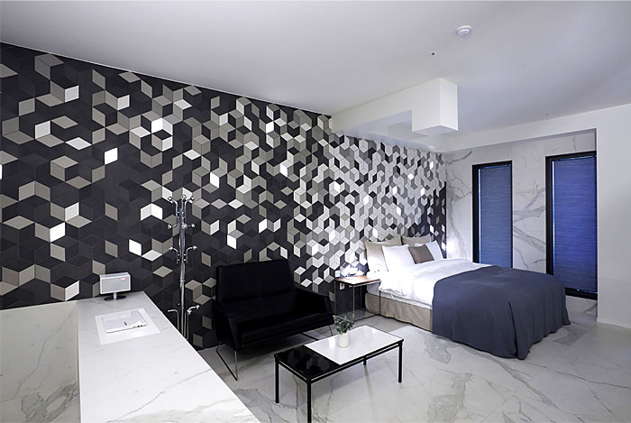snow-hotel-marble-decor
