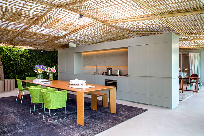 tropical-pavilion-kitchen