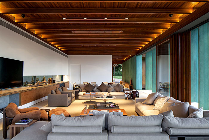 wooden-cladding-brazilian-holiday-home