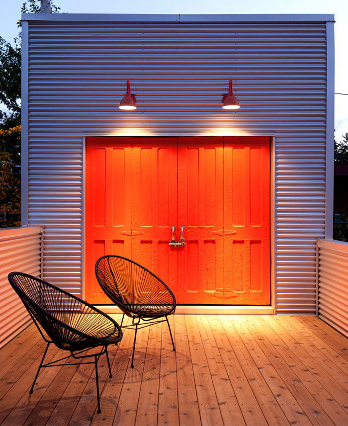 contemporary-family-home-red-color-door