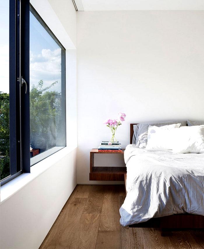 dark-parquet-bedrooms