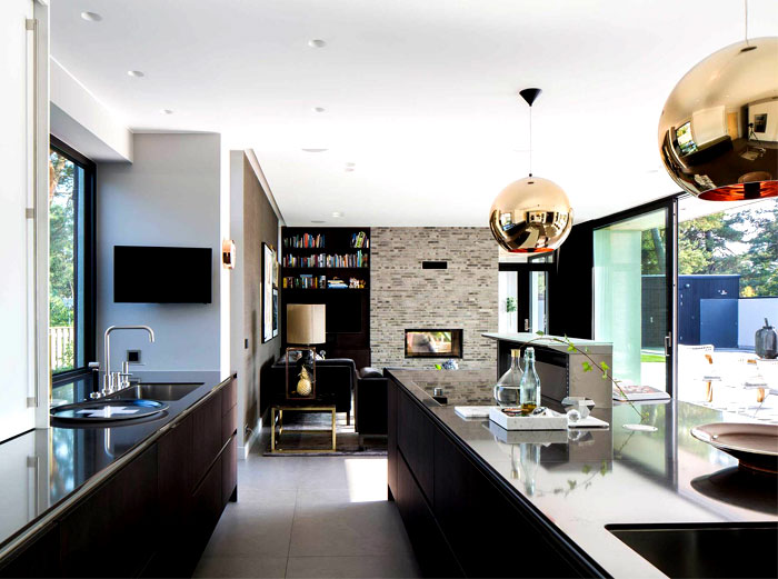 functional-villa-j-kitchen