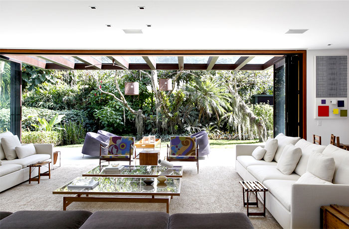 integrate-exterior-garden-interior-spaces