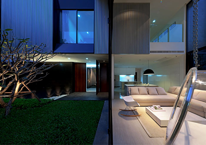 light-contemporary-furnished-living-room
