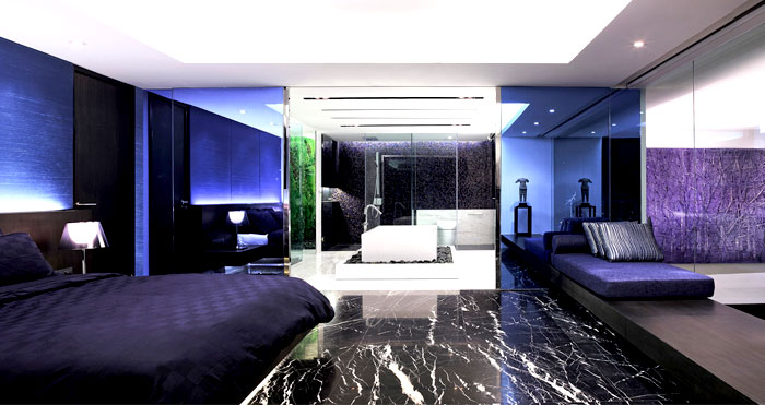 colored-glass-mirrored-surfaces