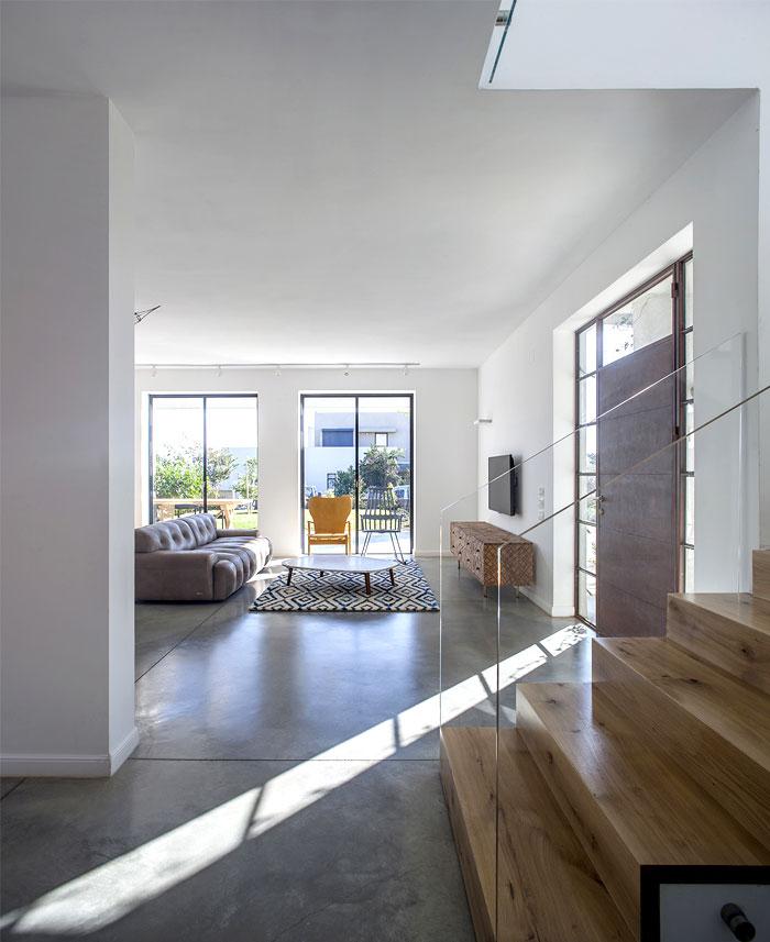 modern-semi-detached-house-living-room