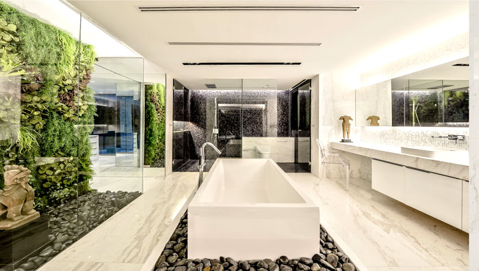 penthouse-interior-green-wall-bathroom