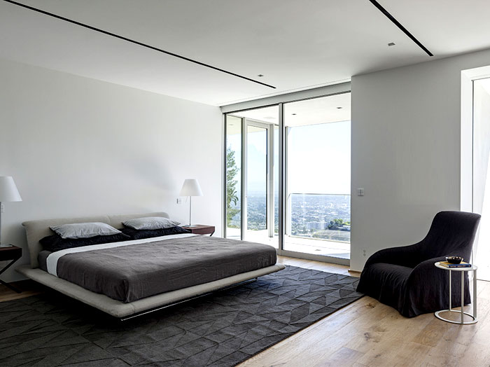 contemporary-residence-bedroom-interior