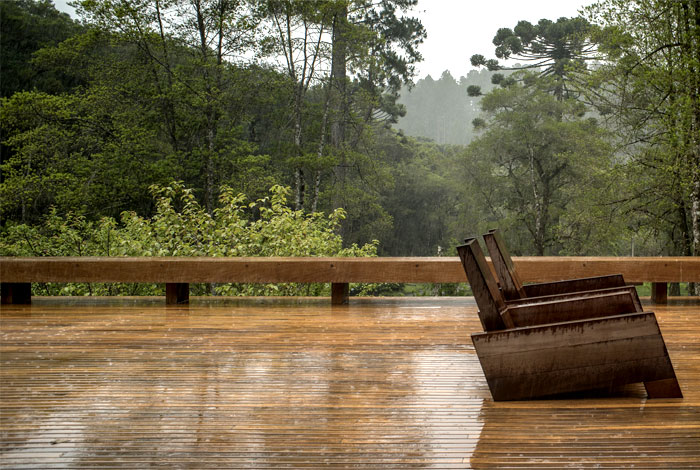 extensive-wooden-deck
