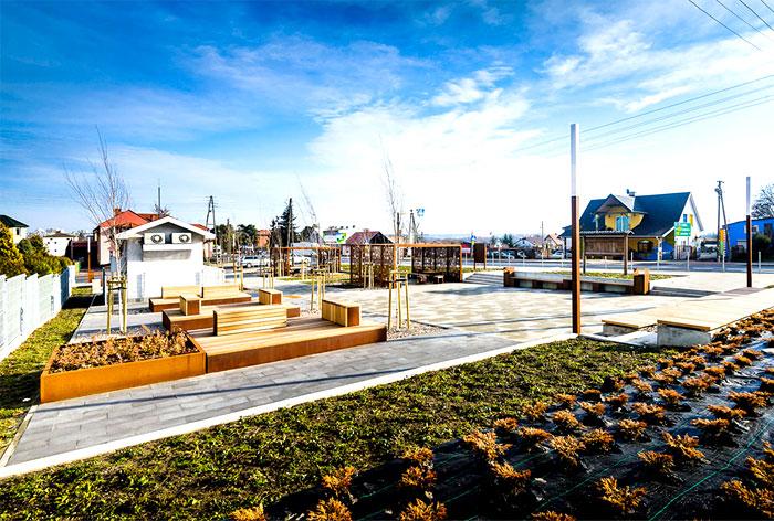 public-space-greenery-arrangement-3xa