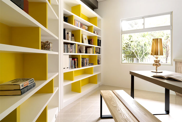 bookshelves-yellow-palette