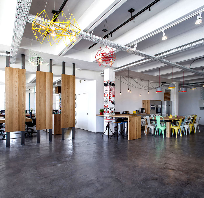 dynamic-playful-urban-office-1