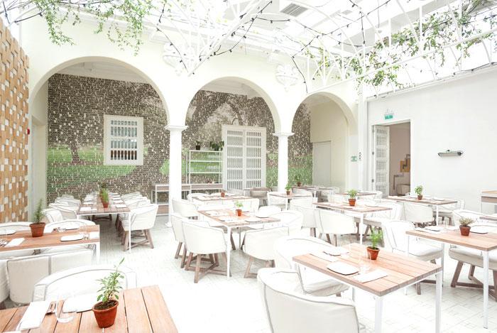 multifunctional-space-restaurant-interior-7