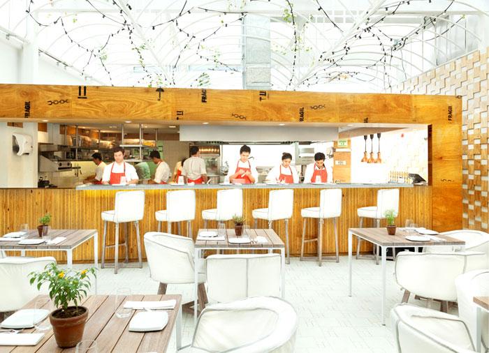 multifunctional-space-restaurant-interior